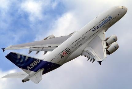 Airbus_A380-861,_Airbus_Industrie_AN2032144